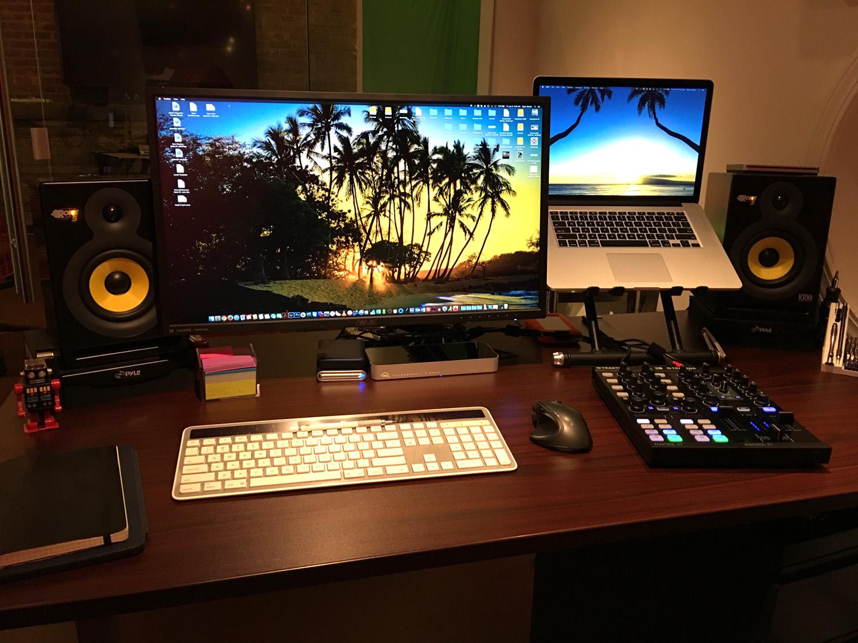 http://www.rtimaging.com/equipment/work1.jpg